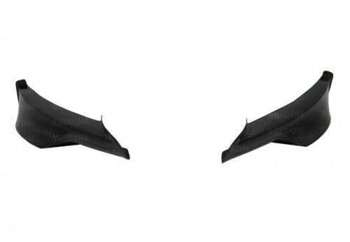 2009-2011年寶馬E90 3系列M款四門的TA款式亮面碳纖維前下導流板